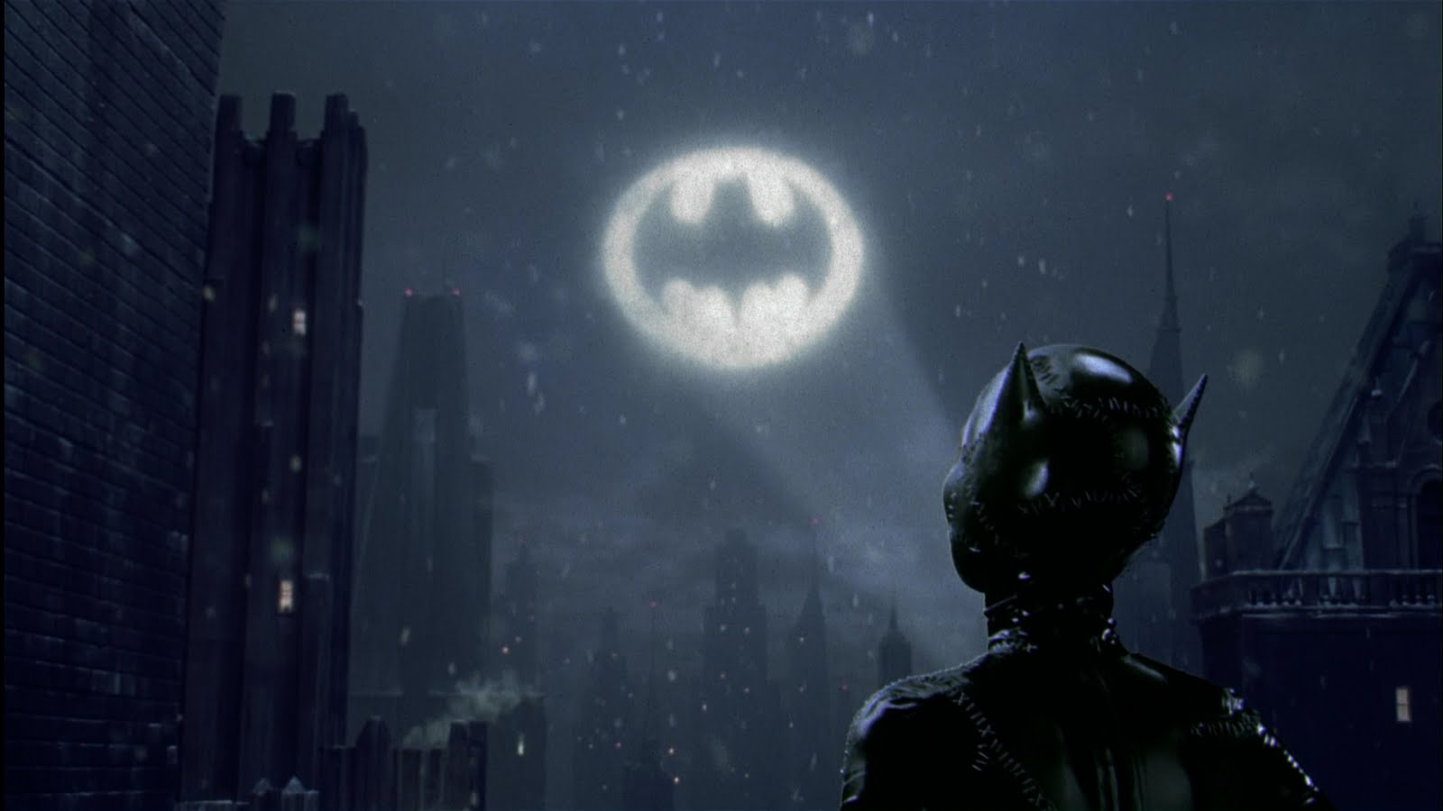 Special review batman returns villainy of biblical proportion the viewer 39 s commentary - Batman projector night light ...