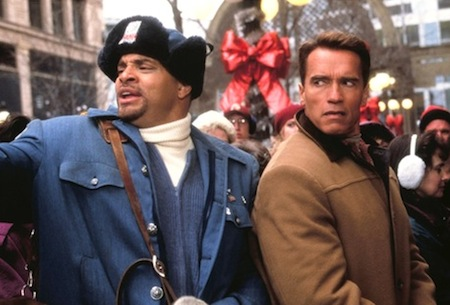 Jingle All the Way - Sinbad and Arnold Schwarzenegger