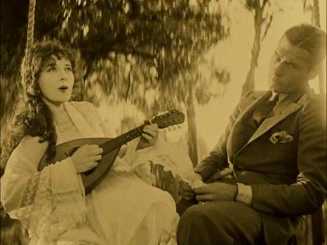 Wings - Jobyna Ralston and Richard Arlen