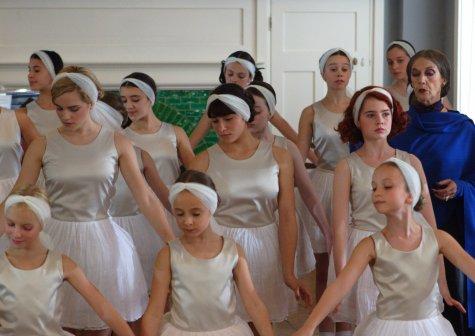 Ballet Shoes - Emma Watson, Yasmin Paige, Lucy Boynton, Eileen Atkins