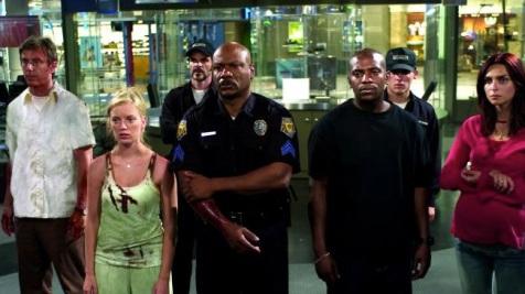 Dawn of the Dead (2004) - Jake Weber, Sarah Polley, Michael Kelly, Ving Rhames, Mekhi Phifer, Kevin Zegers, Inna Korobkina