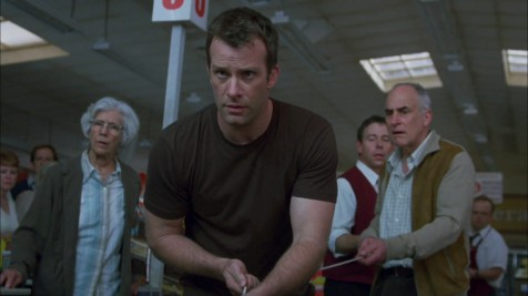 The Mist - Frances Sternhagen, Thomas Jane, Jeffrey DeMunn