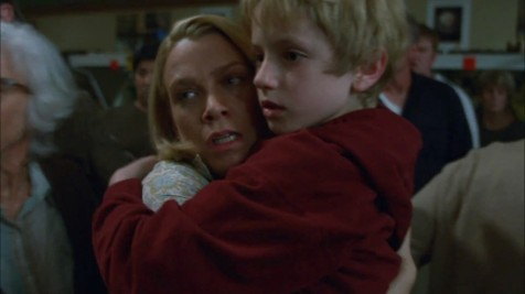 The Mist - Laurie Holden, Nathan Gamble