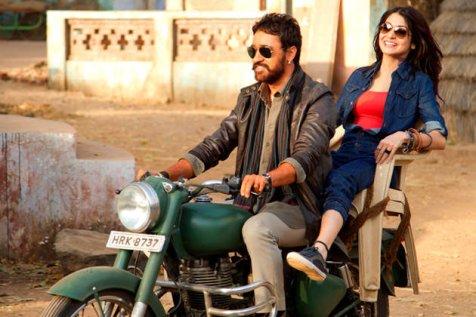 Matru Ki Bijlee Ka Mandola - motorcycle