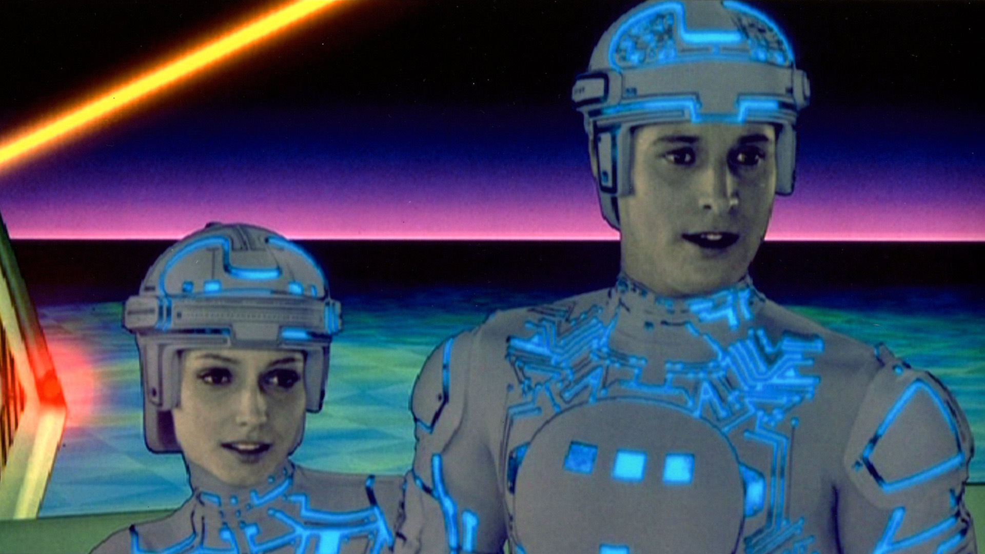 movie review tron The special effects are award-caliber in this sequel to the 1982 tron, the pioneering cult film in computer technology more good news is that jeff bridges is back playing flynn and his ageless.
