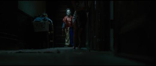 Halloween (2007) - Michael's first kill