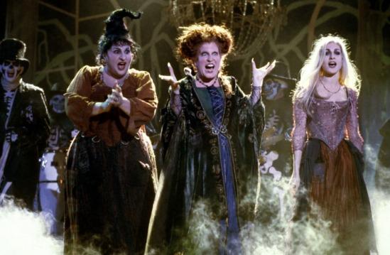 Hocus Pocus - Kathy Najimy, Bette Midler, Sarah Jessica Parker singing
