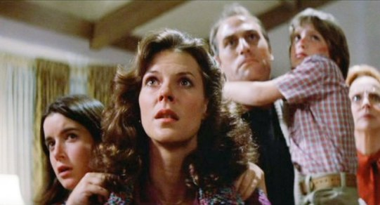 Poltergeist - Dominique Dunne, JoBeth Williams, Craig T. Nelson, Oliver Robins, Beatrice Straight