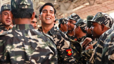 Holiday: A Soldier is Never Off Duty - Akshay Kumar