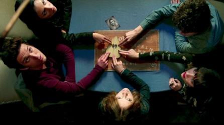Ouija - Very stupid people
