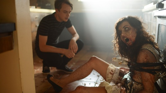 Life After Beth - Dane DeHaan, Aubrey Plaza