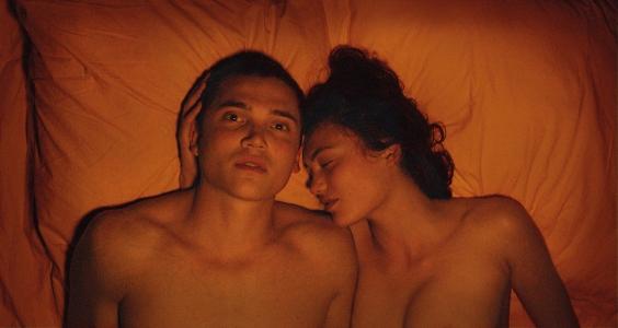 Love (2015) - Karl Glusman, Aomi Muyock