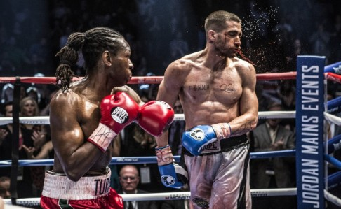 Southpaw - Jake Gyllenhaal takes a punch