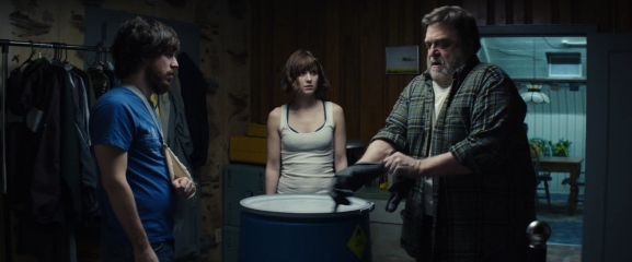 10 Cloverfield Lane - John Gallagher, Jr., Mary Elizabeth Winstead, John Goodman