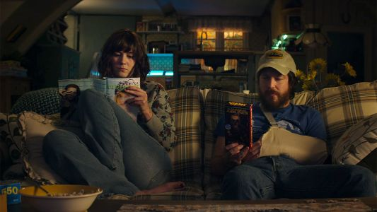 10 Cloverfield Lane - Mary Elizabeth Winstead, John Gallagher, Jr.