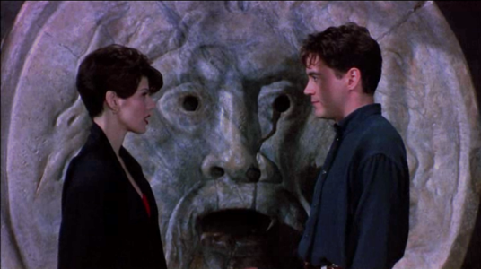 Only You (1994) - Roman Holiday reference