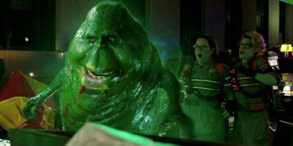 Ghostbusters (2016) - Slimer, Melissa McCarthy, Kate McKinnon