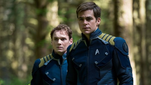 Star Trek Beyond - Anton Yelchin, Chris Pine