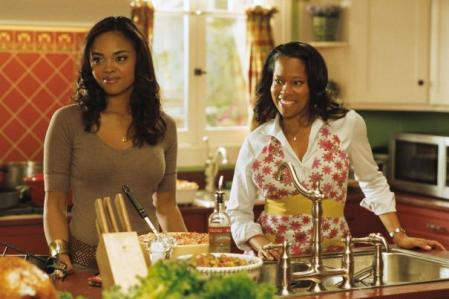 This Christmas - Sharon Leal, Regina King