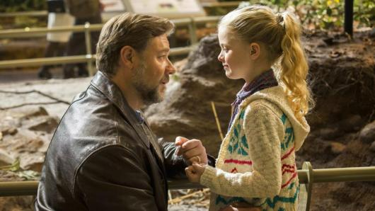 Fathers & Daughters - Russell Crowe, Kylie Rogers