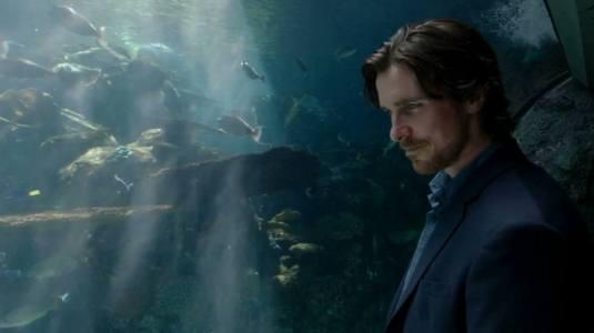 Knight of Cups - Christian Bale aquarium