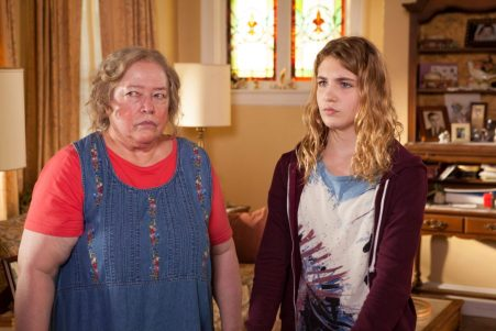The Great Gilly Hopkins - Kathy Bates, Sophie Nélisse