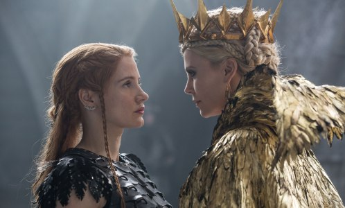 The Huntsman: Winter's War - Jessica Chastain, Charlize Theron