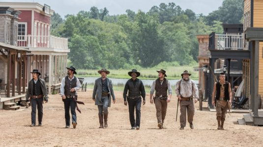 The Magnificent Seven (2016) - Lee Byung-hun, Manuel Garcia-Rulfo, Ethan Hawke, Denzel Washington, Chris Pratt, Vincent D'Onofrio, Martin Sensmeier