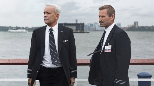 Sully - Tom Hanks, Aaron Eckhart